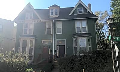 Building, 225 Western Ave N, 1