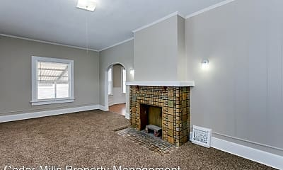 Bedroom, 347 N Holyoke St, 1