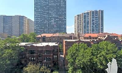 Building, 708 W Bittersweet Pl, 2