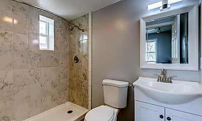 Bathroom, 1636 K St NE, 2