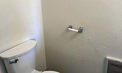 Bathroom, 1850 N 11th St, 2