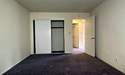 Bathroom, 16862 Foothill Blvd, 2