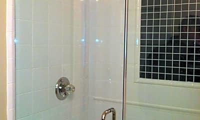 Bathroom, 105 E Oak St, 2