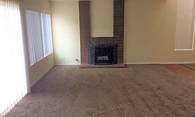 Living Room, 23569 Parkland Ave, 1