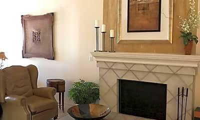Living Room, 8098 E Del Trigo, 1