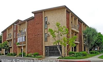 Building, 3708 Watseka Ave, 2