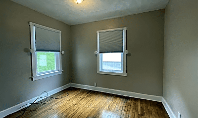Bedroom, 1016 E Brookside Dr, 2
