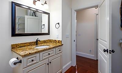 Bathroom, 665 E 11th Ave, 2