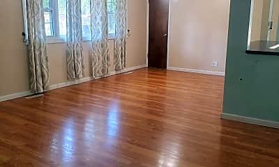 Living Room, 725 Smoky Hill Rd, 1
