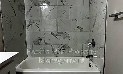 Bathroom, 1201 Boone St SE, 2