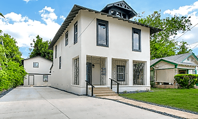 Building, 438 Pruitt Ave, 1