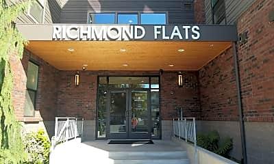 Richmond Flats, 1