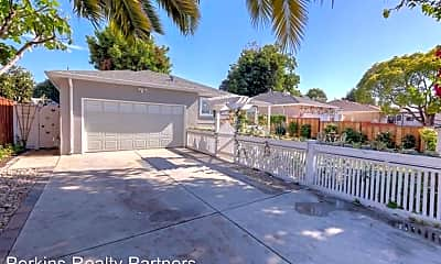 Building, 2072 Pulgas Ave, 1
