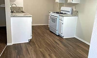 Kitchen, 31657 Ridge Rte Rd, 2