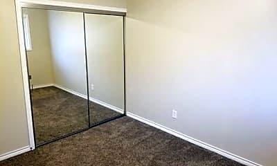 Living Room, 3025 SE Maple St, 2