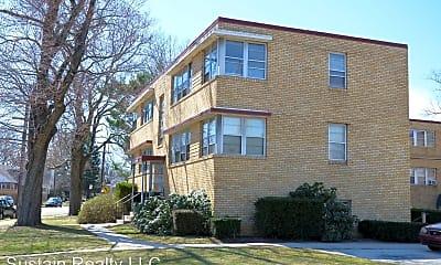 Building, 220 N Woodlawn Ave, 0