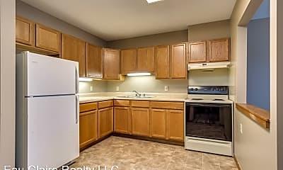Kitchen, 2003 9th St E, 1