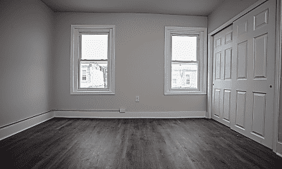 Living Room, 2910 N Woodstock St, 1