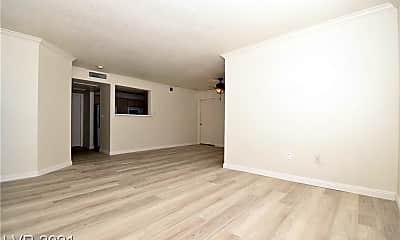Living Room, 8101 W Flamingo Rd 1070, 0