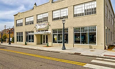 Building, 450 St Louis St, 0