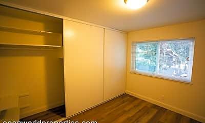 Bathroom, 5446 Shasta Ave, 2