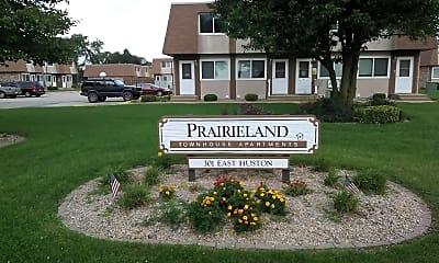 Prairieland Apartments, 1