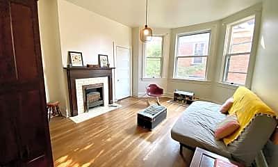 Living Room, 548 Teece Ave, 1