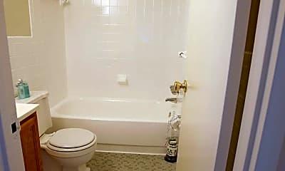 Bathroom, Kenilworth Towers, 2
