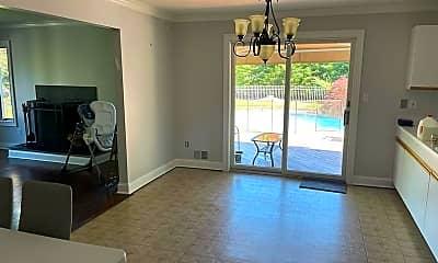 Living Room, 28 Musket Ln, 1