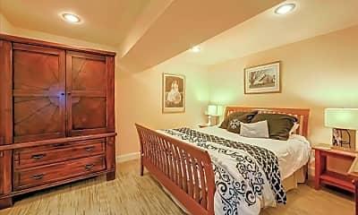 Bedroom, 525 Liberty St, 2