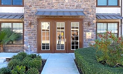 Building, 7342 Oak Manor 7309, 0