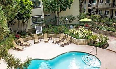 Pool, eaves Cerritos, 0