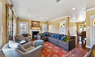 Living Room, 1722 W Alabama St 2, 1