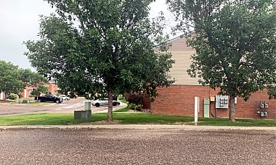 Pershing Pointe Townhomes, 2