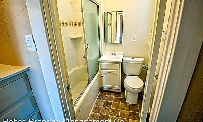 Bathroom, 2737 San Marino St, 2