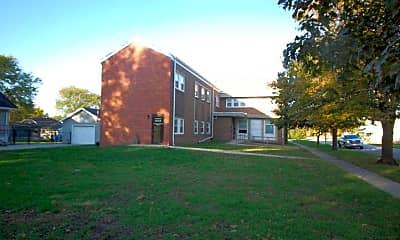 Building, 527 Monona St, 2