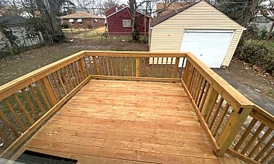 Patio / Deck, 6929 Plymouth Ave, 2