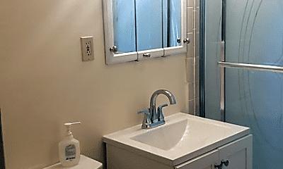 Bathroom, 21 Stellman Rd, 2
