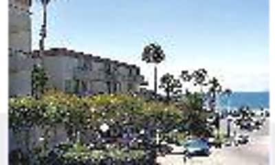 Casa Del Sur, 1