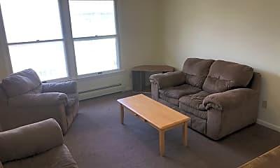 Living Room, 117 Oak Ave, 1