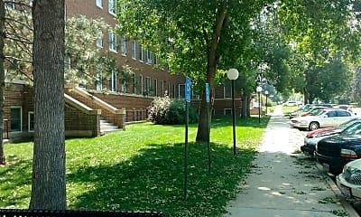 West Park Apartments, 2