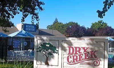 Dry Creek Apartments, 1