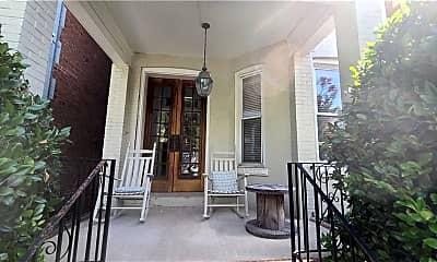 Patio / Deck, 616 Boissevain Ave 2, 1