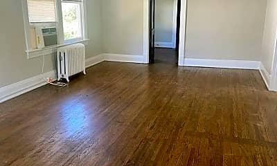 Living Room, 304 St Augustine St, 1