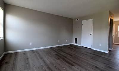 Living Room, 2637 Sandbury Blvd, 0
