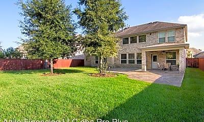 Building, 8127 Caroline Ridge Dr, 1