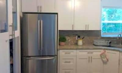 Kitchen, 2076 7th Ave SW, 2