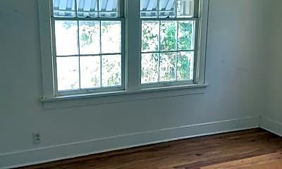 Bedroom, 636 Robinson Pl, 2