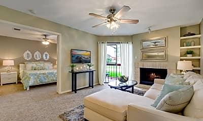 Living Room, Landmark at Stratton Park, 0