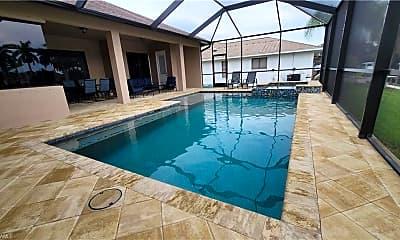 Pool, 4323 SW 18th Pl, 2
